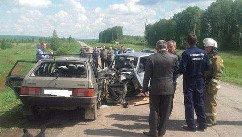 Крупное ДТП в Самарской области унесло жизни пяти человек