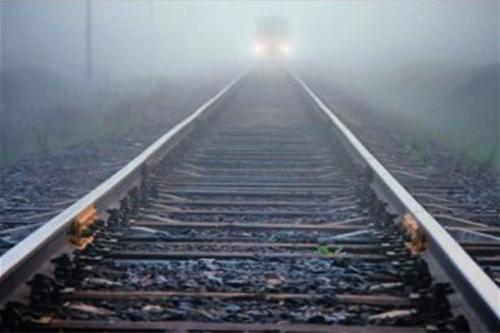 Поезд насмерть сбил чиновника из Нижегородской области