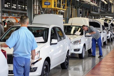 Глава «АвтоВАЗа» назвал цены на автомобили Lada завышенными
