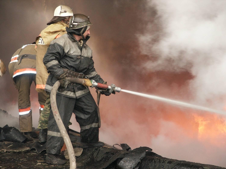 В Кирове при тушении возгорания погибли двое пожарных