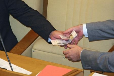Чиновников администрации одного из районов Удмуртии заподозрили в превышении полномочий