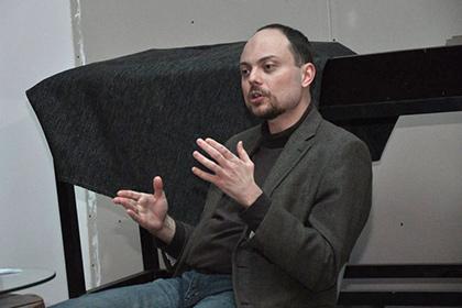 В Нижнем Новгороде закидали яйцами активиста ПАРНАС Кара-Мурзу