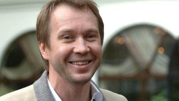 Актер Евгений Миронов стал почетным гражданином Саратовской области