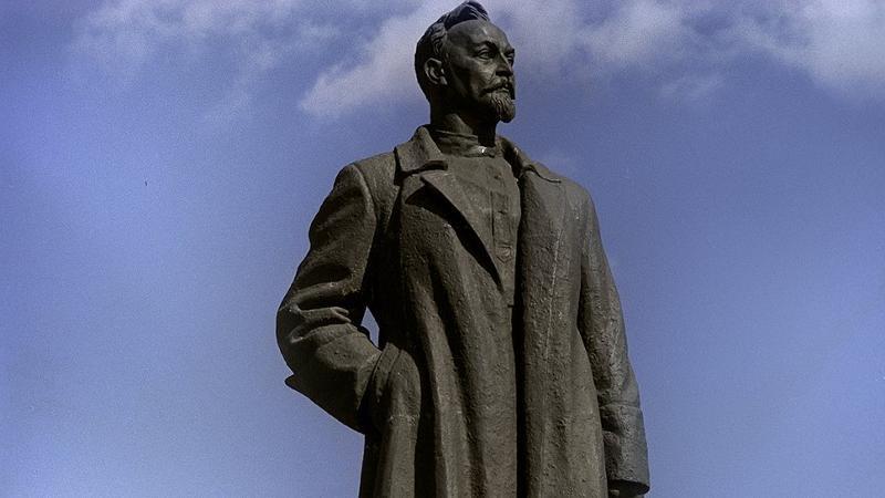 В Кирове установят двухметровый памятник Феликсу Дзержинскому