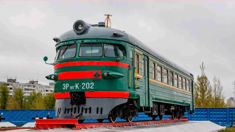 В Нижнем Новгороде появился памятник электричке