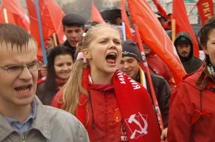 У кировских коммунистов изъяли агитационные материалы