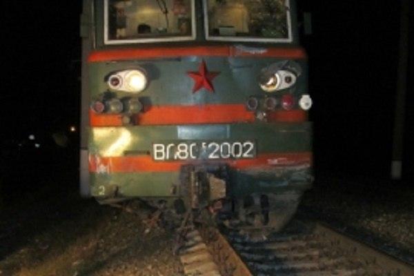 Пассажирский поезд столкнулся с грузовой «Газелью» в Нижегородской области