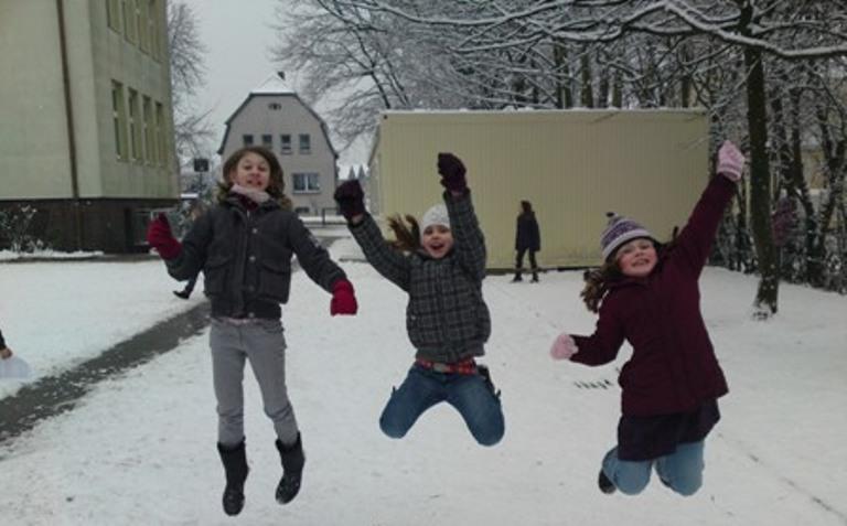 Занятия в 150 школах Саратовской области отменены из-за морозов