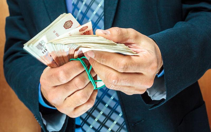 Высокопоставленный сотрудник саратовского МЧС оштрафован на 1,2 млн рублей за дачу взятки и кражу премий