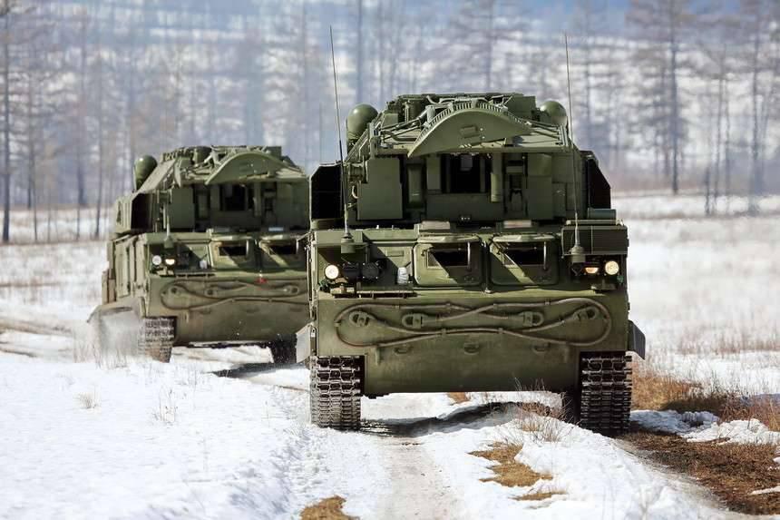 Экипажи «Тор-М2» уничтожили воздушные цели на учениях ПВО в Подмосковье