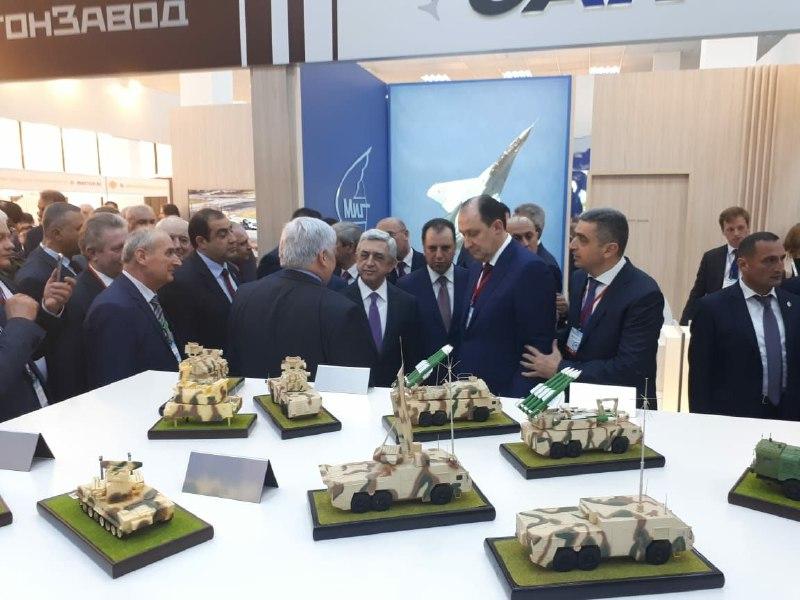 Президент Армении посетил экспозицию Ижевского завода «Купол»