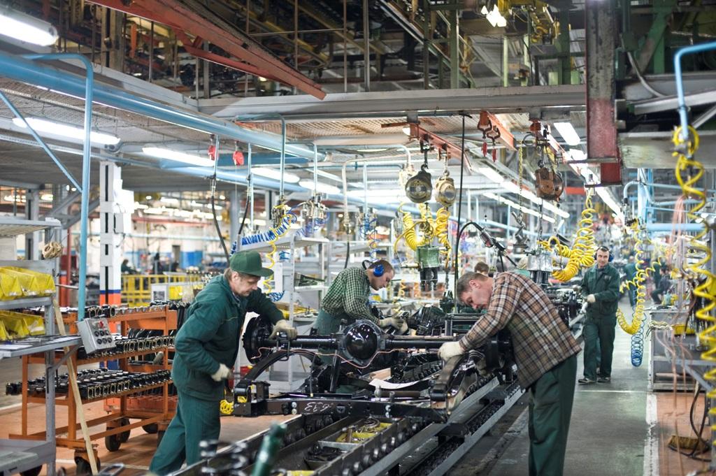 УАЗ вернулся к двухсменному режиму работы в ожидании роста продаж