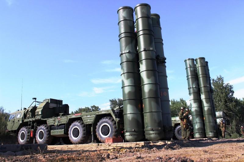 Зенитчики соединения ПВО из Саратовской области отразили воздушный удар условного противника
