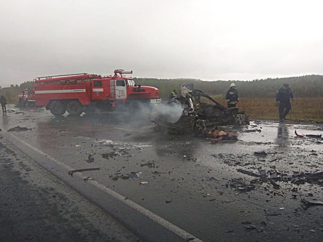 Три человека погибли в крупном ДТП на трассе Самара-Уфа-Челябинск