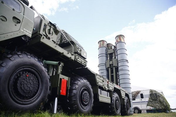 В России завершается работа над созданием новейшей системы ПВО С-500