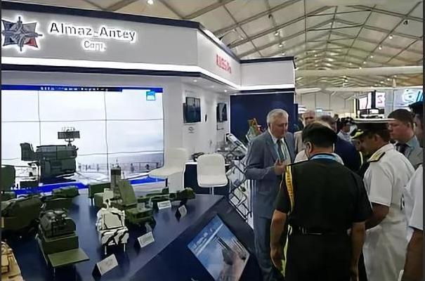 Концерн «Алмаз-Антей» примет участие в первой оборонной выставке EDEX 2018 в Каире