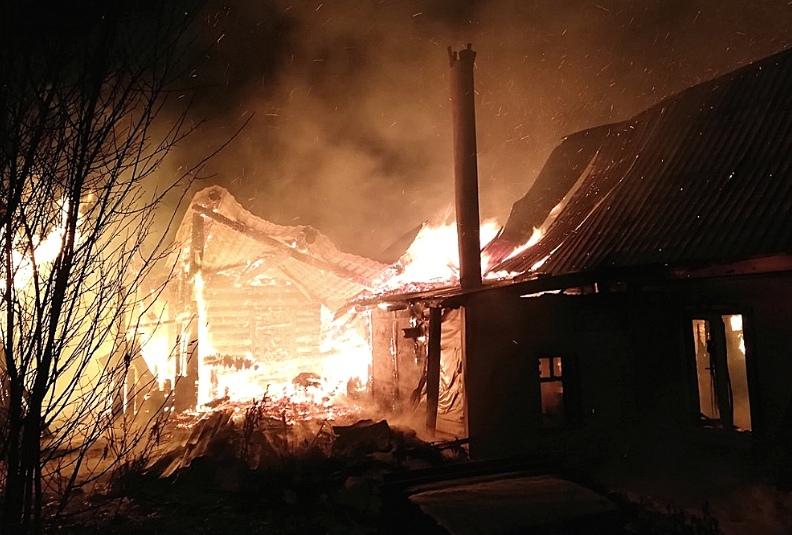 Шесть человек погибли в результате пожара в Пермском крае