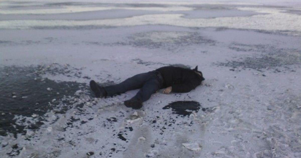 Рыбак погиб, провалившись под лед на Волге в Ульяновской области