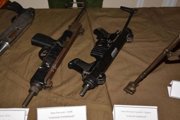 Выставка трофейного оружия из Сирии проходит в Самаре