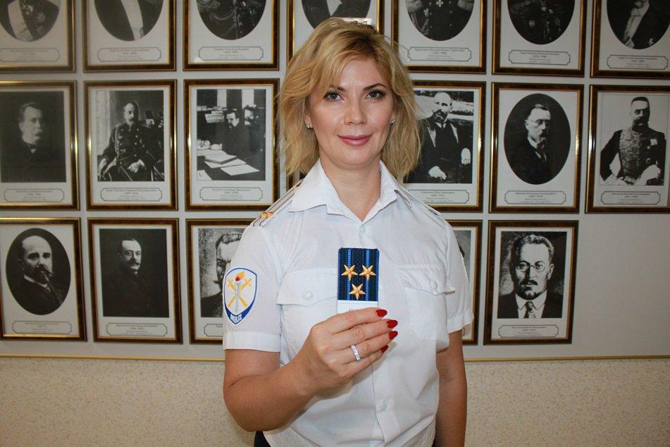Полковник МВД Рабинович задержана в аэропорту Самары при получении взятки