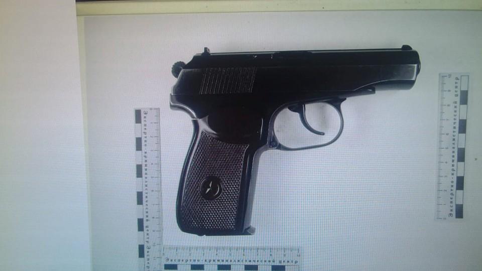 В Саратове задержаны подозреваемые в торговле оружием