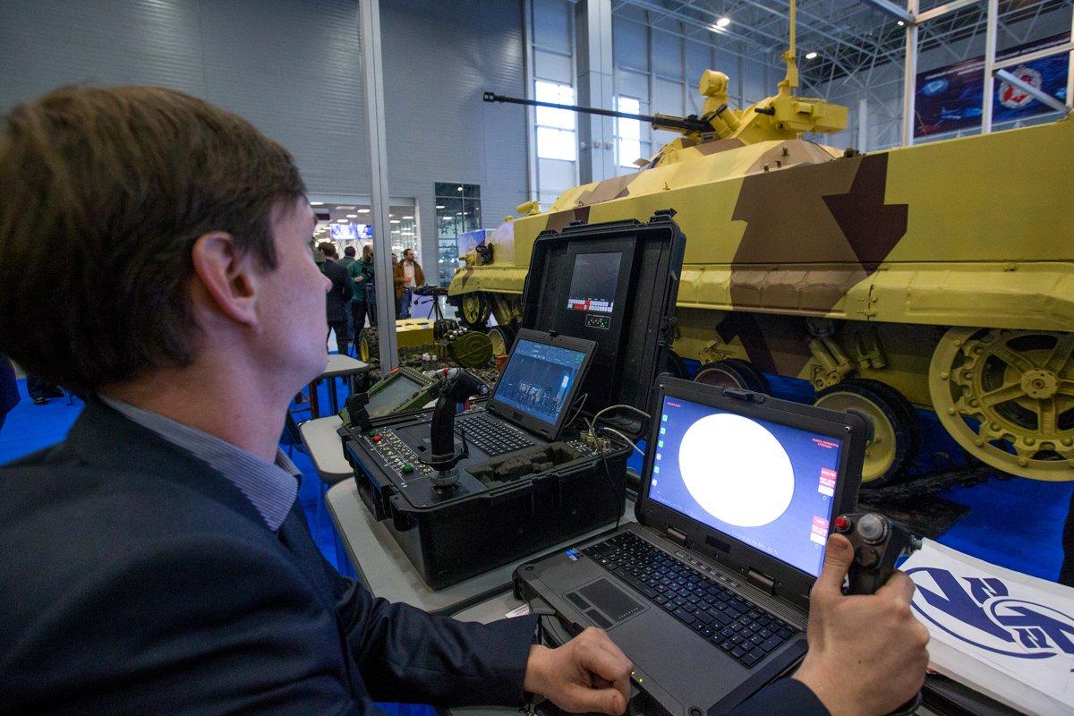 Инновационное военное оборудование покажут в Екатеринбурге