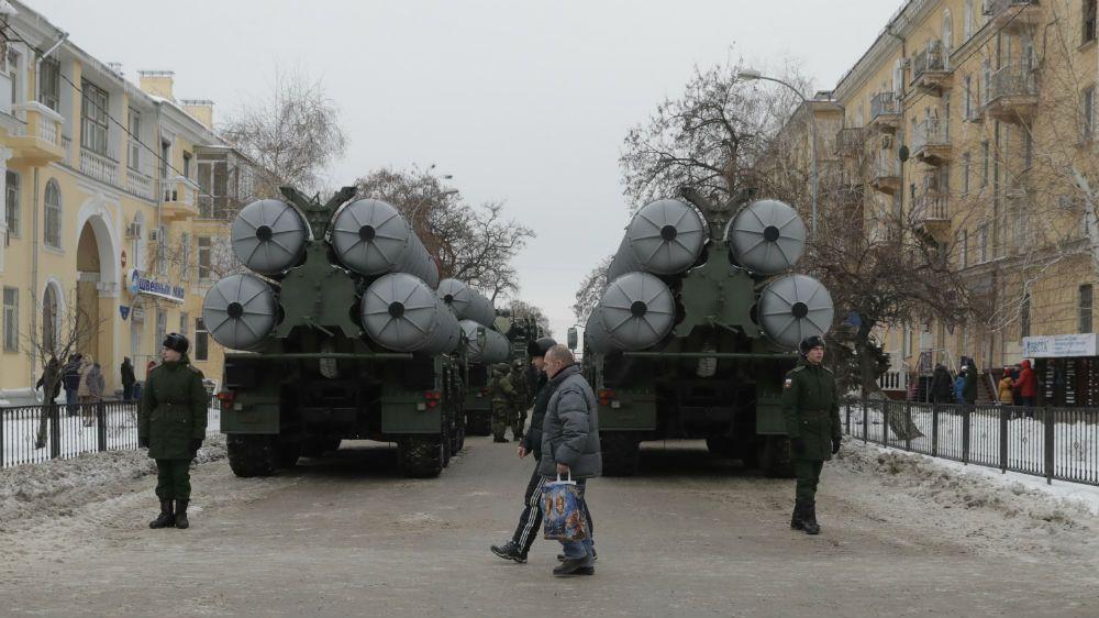 Новые зенитные системы С-400 заступили на дежурство под Петербургом