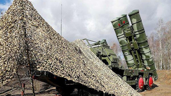 С-400 отразили авиаудары условного противника под Саратовом