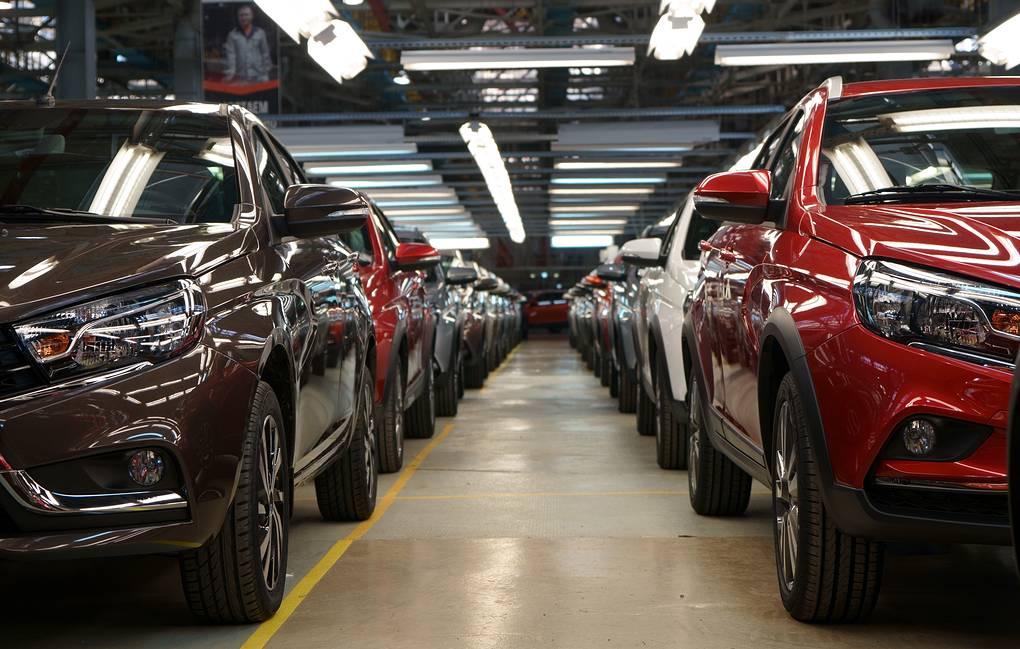 «АвтоВАЗ» начал экспорт автомобилей Lada в Монголию