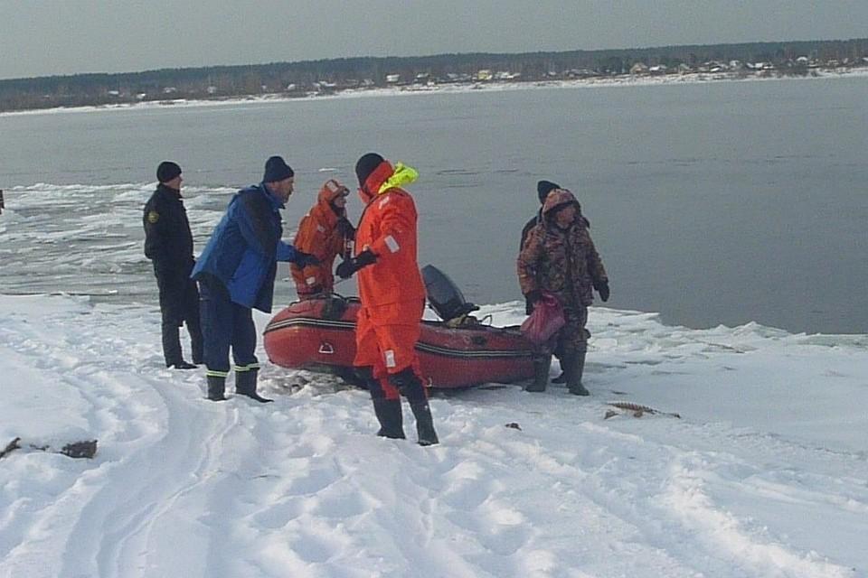 Рыбаков спасли с дрейфующей льдины на реке Каме