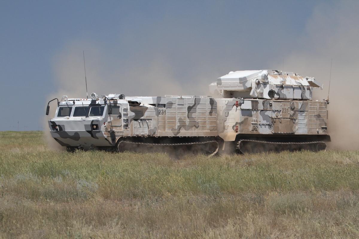 Военные провели первые стрельбы ЗРК «Тор-М2ДТ» в Арктике