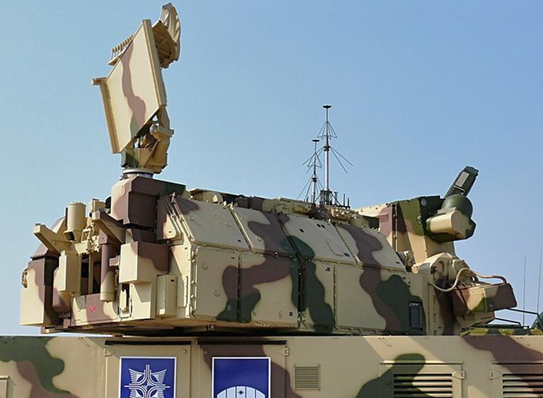 Шесть ударных беспилотников боевиков сбиты ПВО авиабазы Хмеймим в Сирии