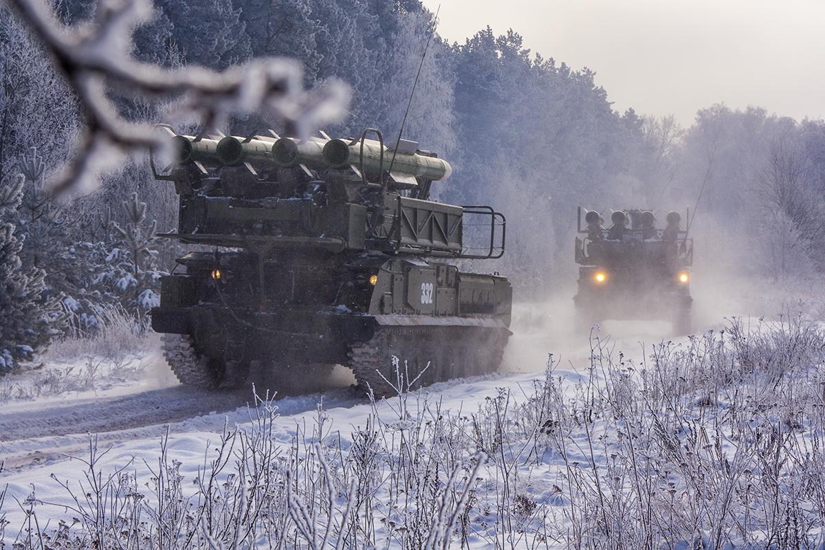 Зенитные комплексы «Бук-М2» отразили ракетный удар на учениях в Бурятии