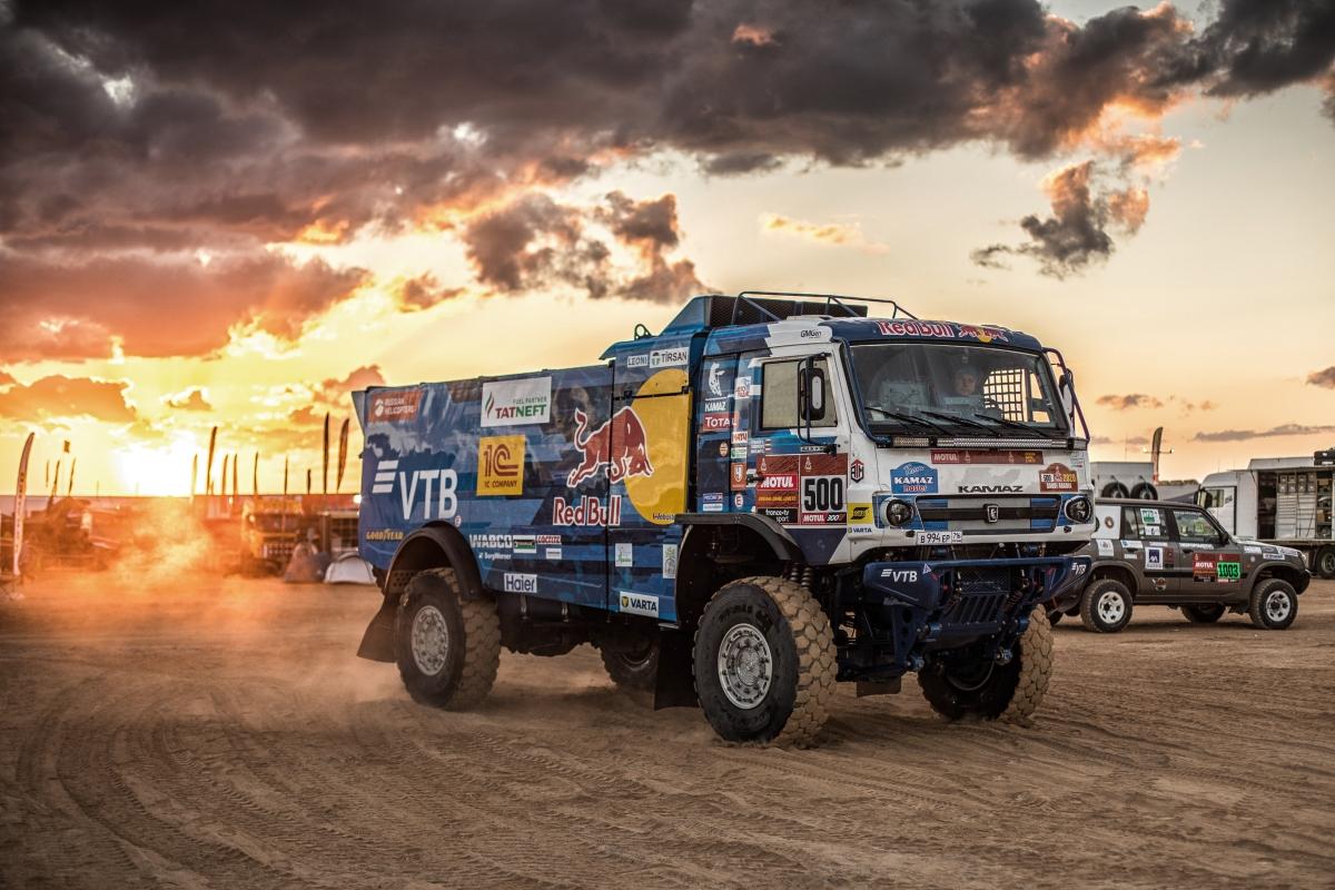 Три экипажа «КАМАЗ-мастер» заняли подиум по итогам пятого этапа ралли-марафона «Дакар-2020»
