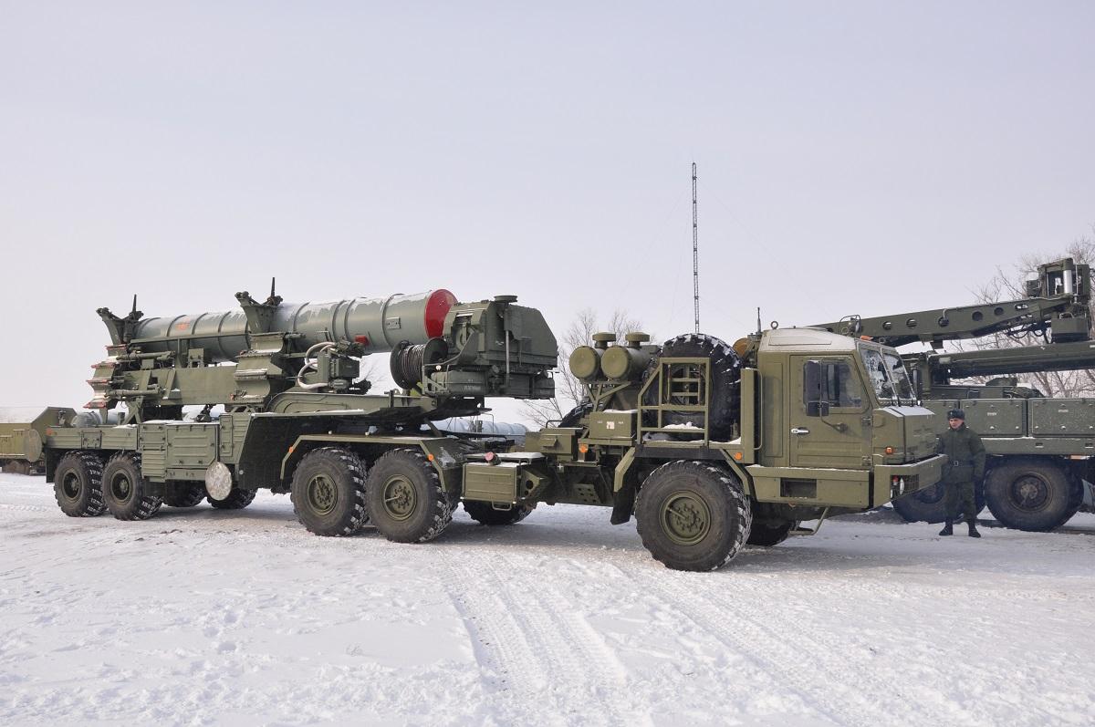 Зенитные системы С-400 «Триумф» заступят на боевое дежурство в Ленобласти в феврале