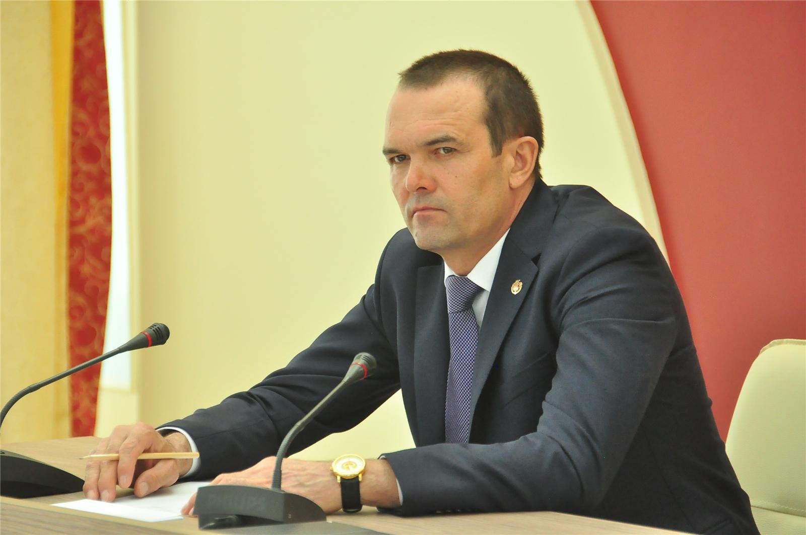 Путин отправил главу Чувашии в отставку «в связи с утратой доверия»