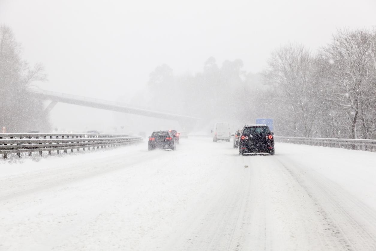В Поволжье пришли обильные снегопады и ветер