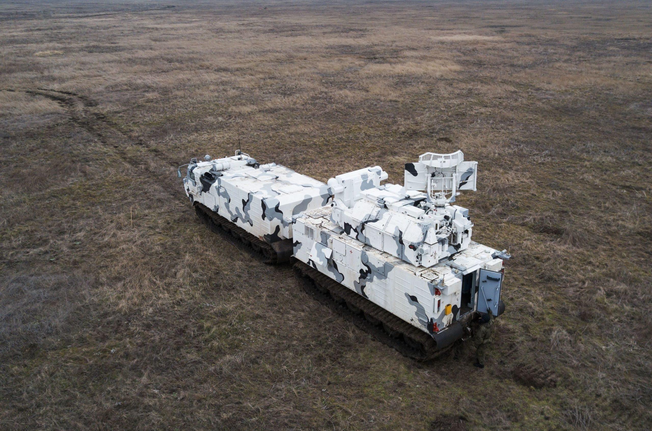 На Северном флоте подготовят к летней эксплуатации арктические ЗРК «Тор-М2ДТ»