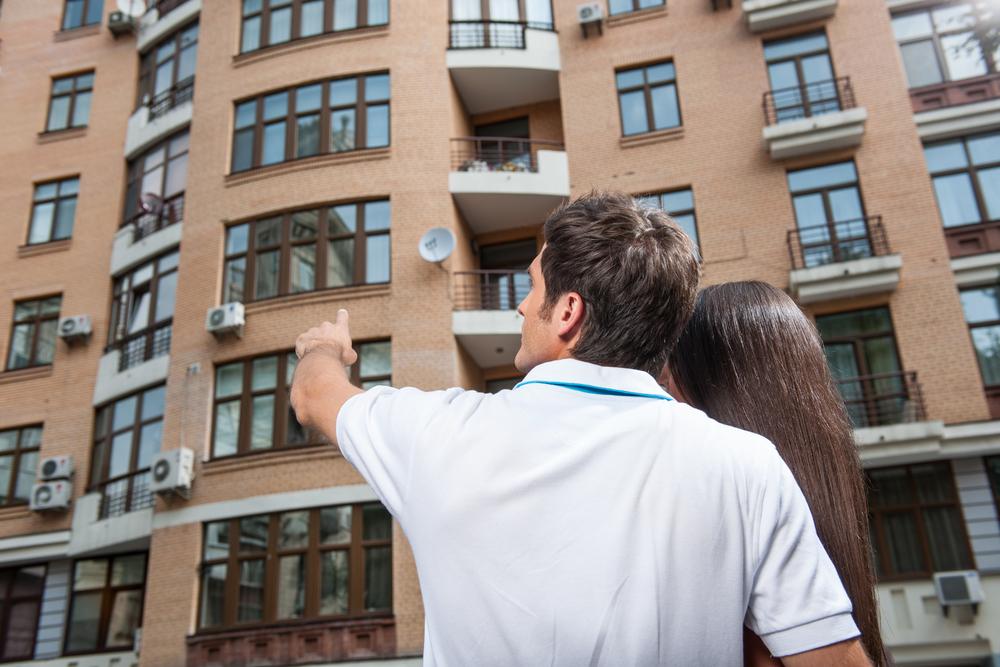 Сто молодых врачей получат квартиры в Пензенской области