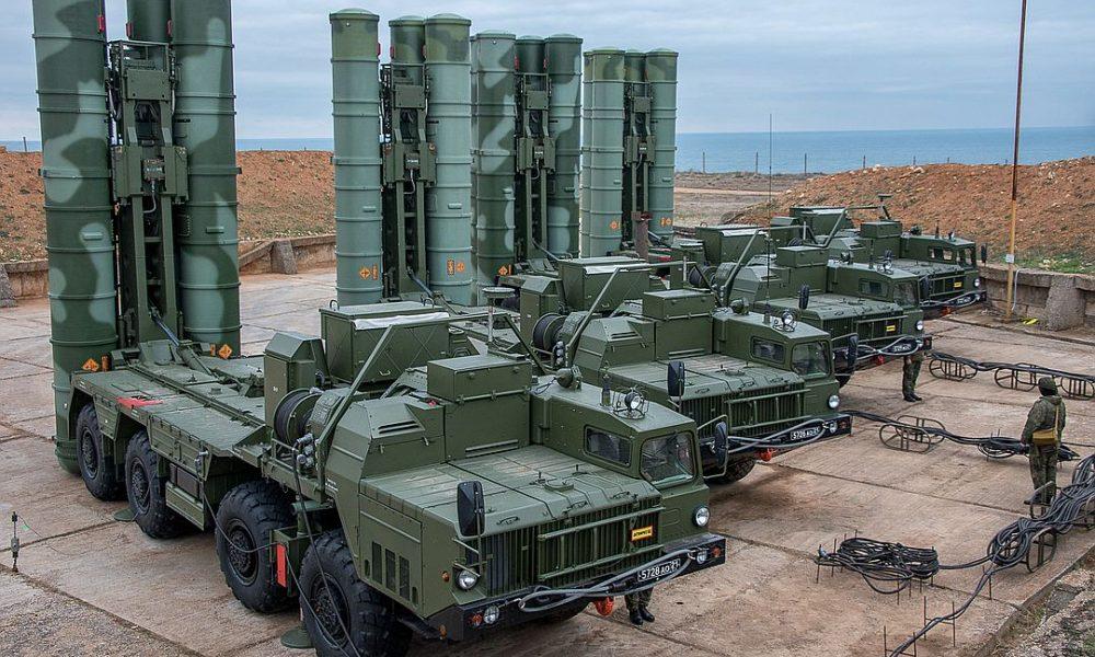 На Балтийском флоте прошли учения расчетов С-400 соединения ПВО