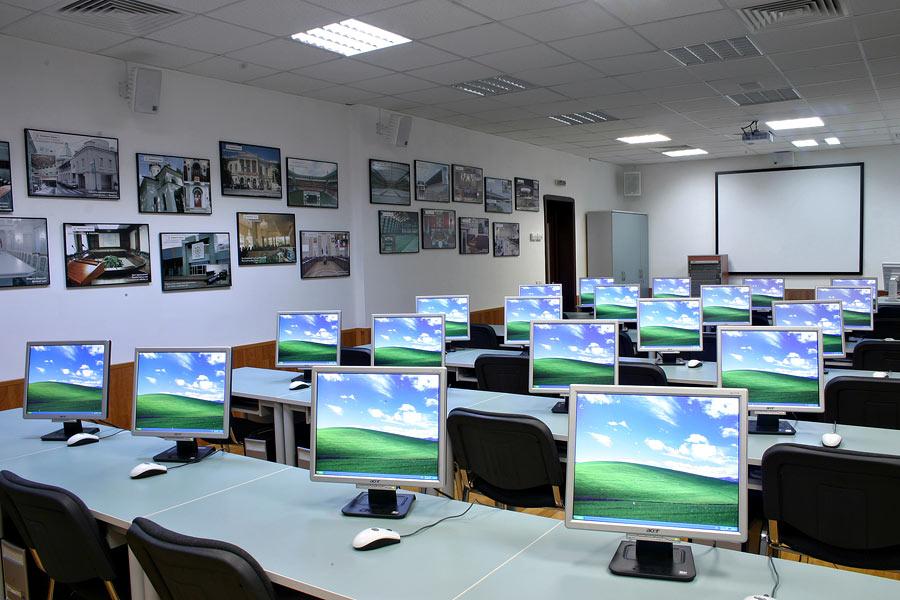 Чувашские сельские школы подключат к высокоскоростному интернету