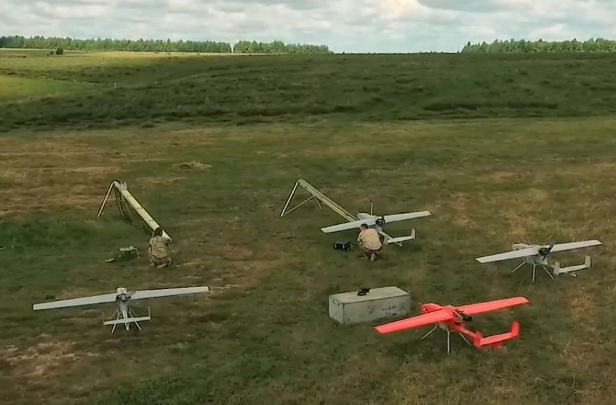 Под Астраханью прошли учения по эшелонированной ПВО с использованием УМТК «Адъютант»
