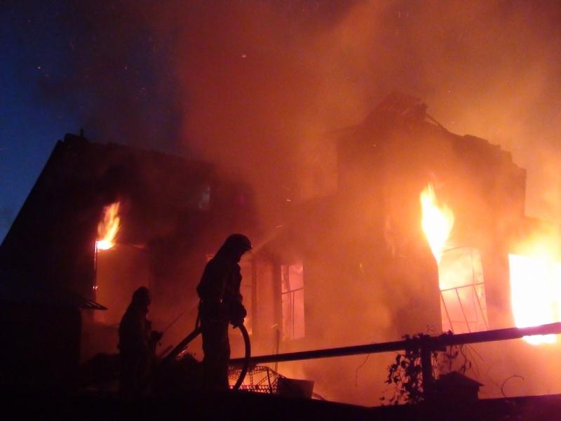 Семья из четырех человек погибла при пожаре в Пензенской области