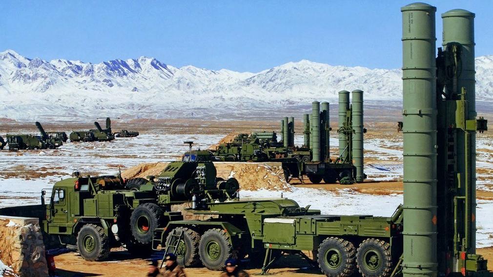 В ВС России начала поступать новейшая перспективная ЗРС С-500 «Прометей»